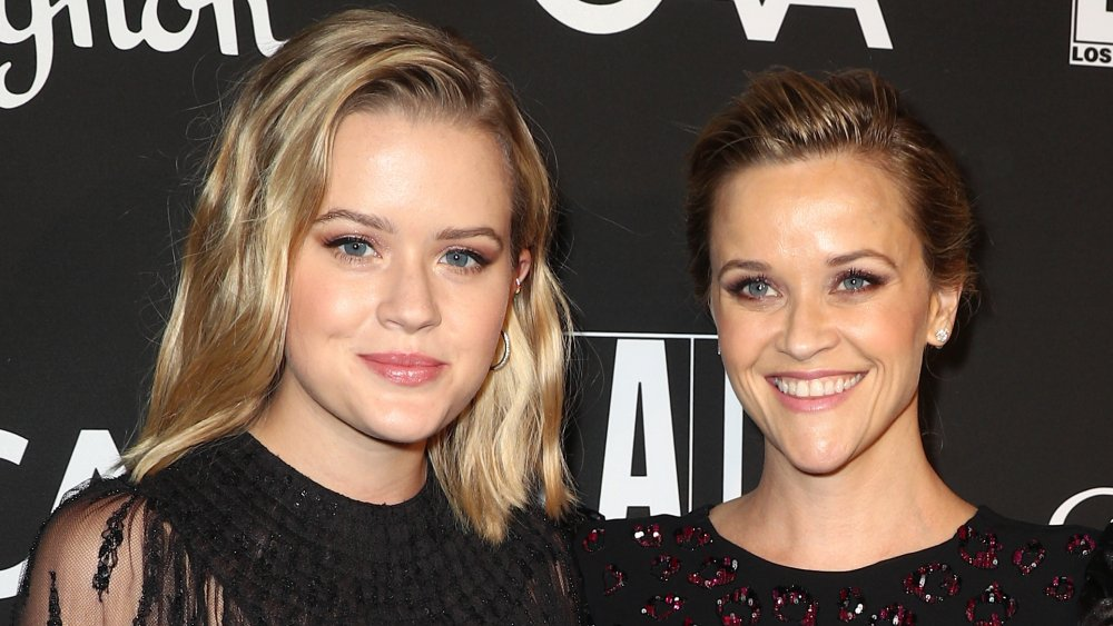 Reese Witherspoon & Ava Phillipe