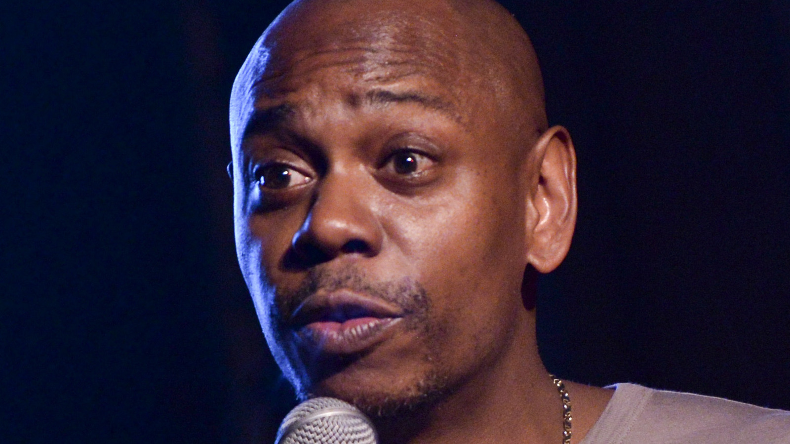 Dave Chappelle Reveals What Celebrities Did In The White House Before Trump Moved In.jpg