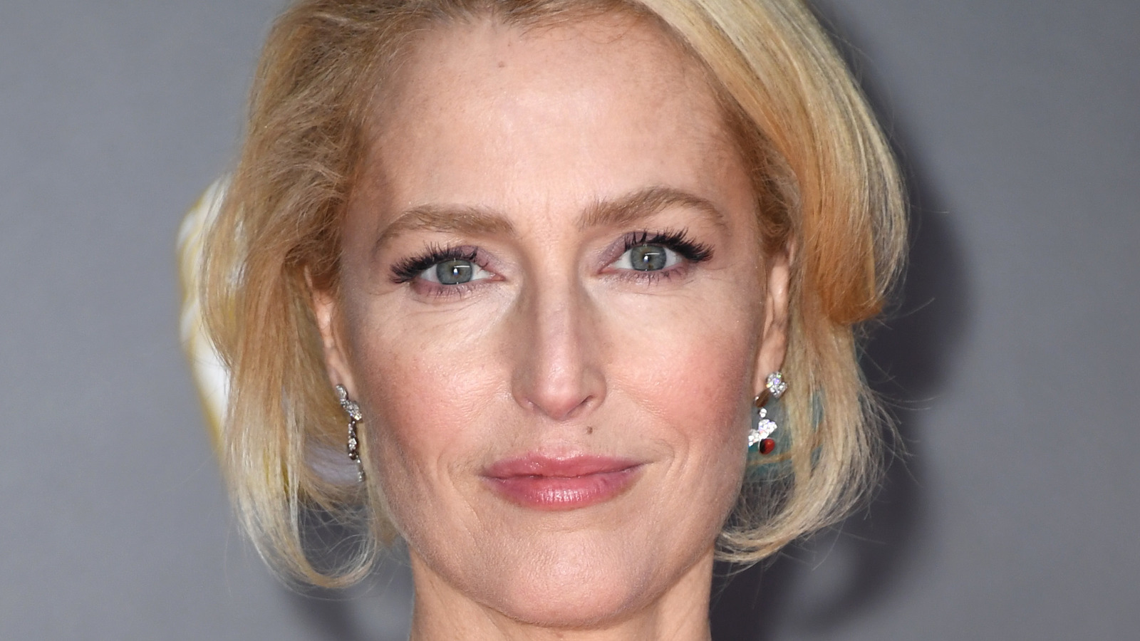 Here's How Much Gillian Anderson Is Really Worth.jpg