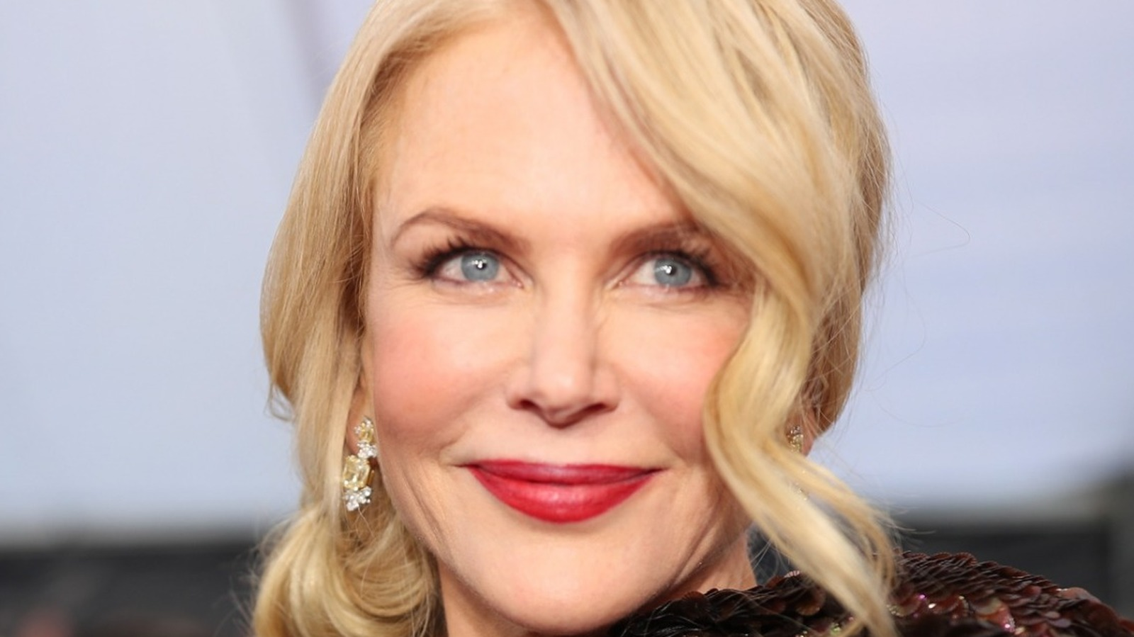 Nicole Kidman Shows Off Her Family At The Golden Globes.jpg