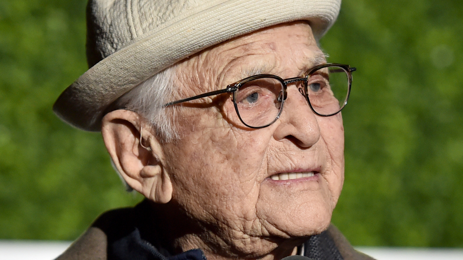 Norman Lear's Net Worth: The TV Legend Has More Money Than You Think.jpg