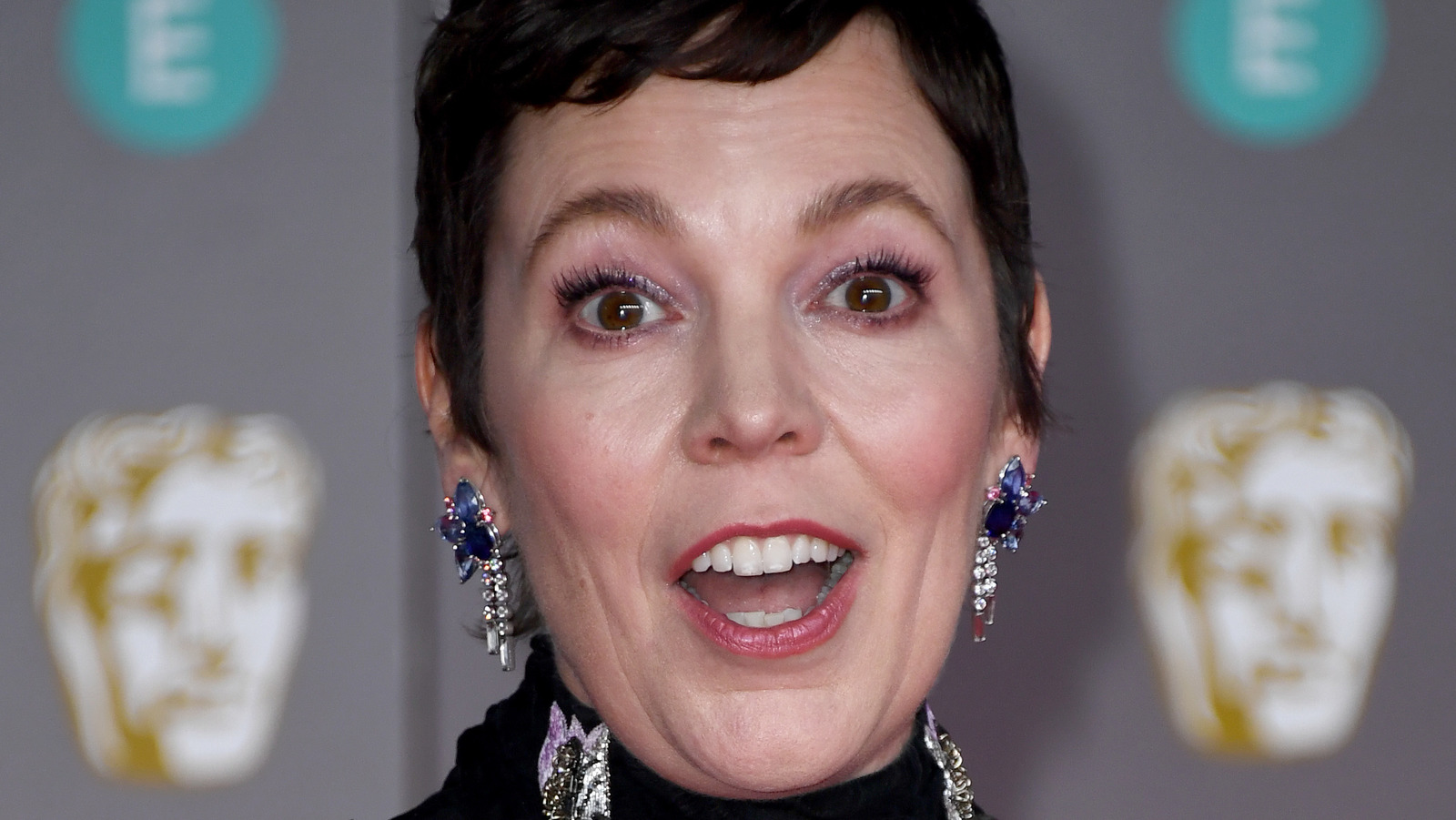 Olivia Colman's Reaction To Her Golden Globes Loss Is Sparking Buzz.jpg