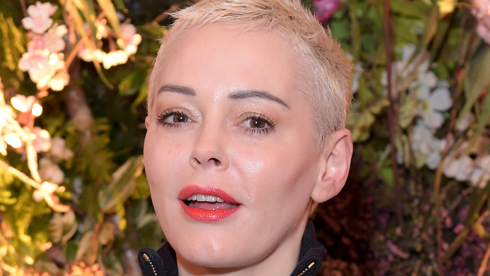 Rose McGowan Just Became A Permanent Resident Of This Country.jpg