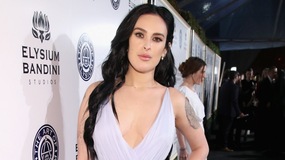 Rumer Willis with long brown hair