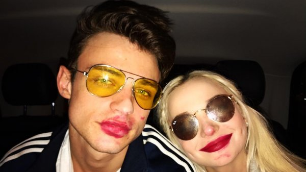 Strange Things About Dove Cameron S Relationship
