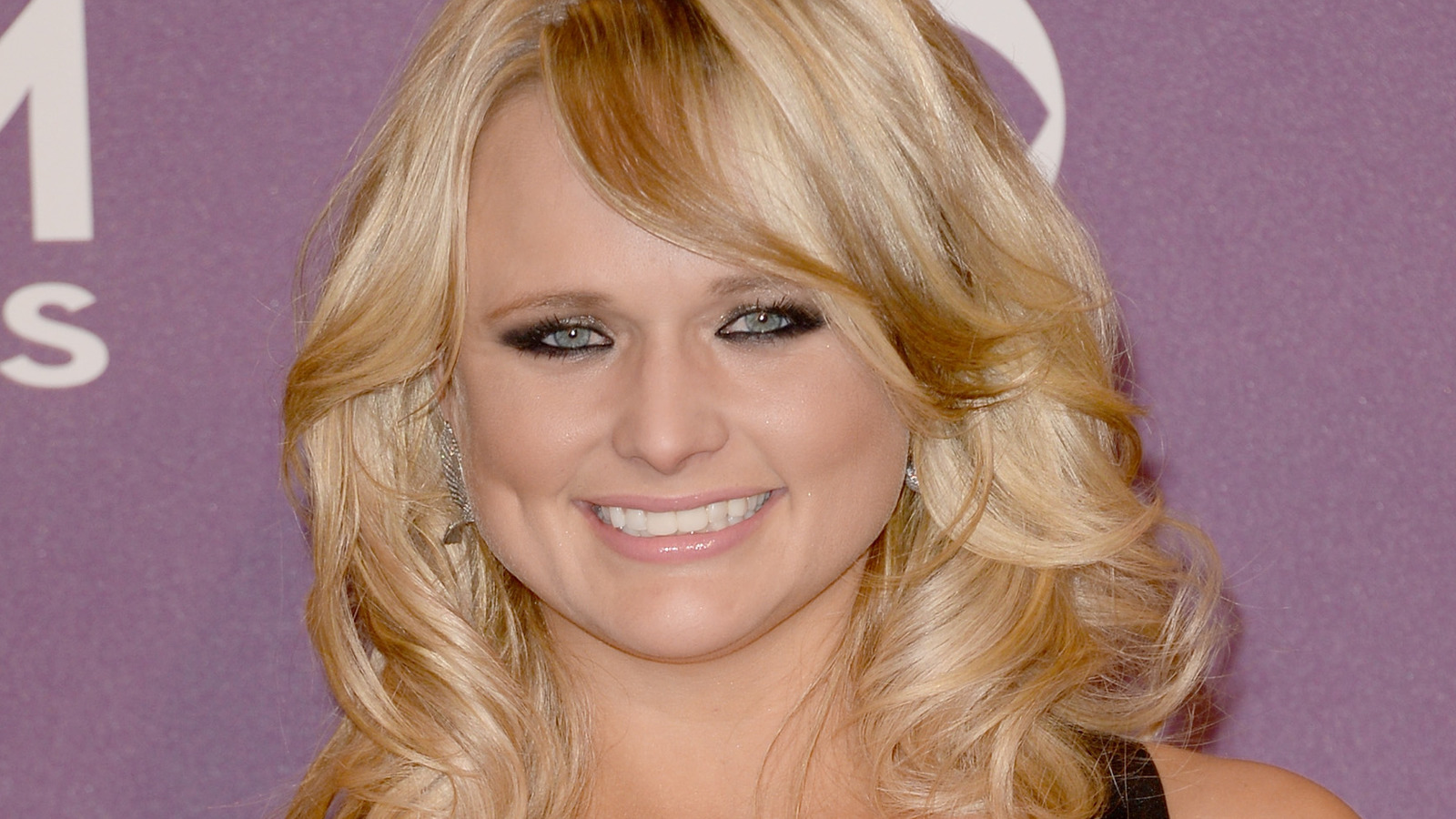 The Real Meaning Behind Miranda Lambert And Elle King's 'Drunk (And I Don't Wanna Go Home)'.jpg