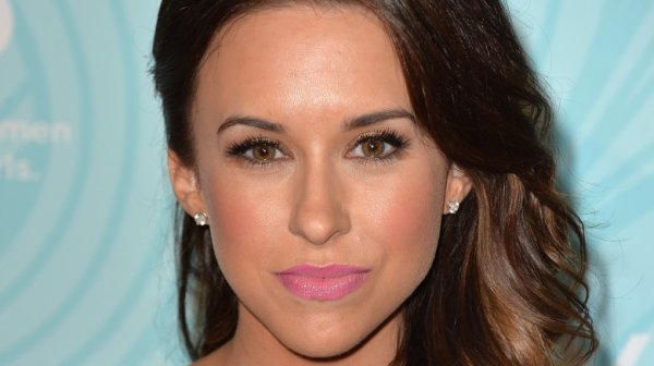 The real reason Hollywood won't cast Lacey Chabert