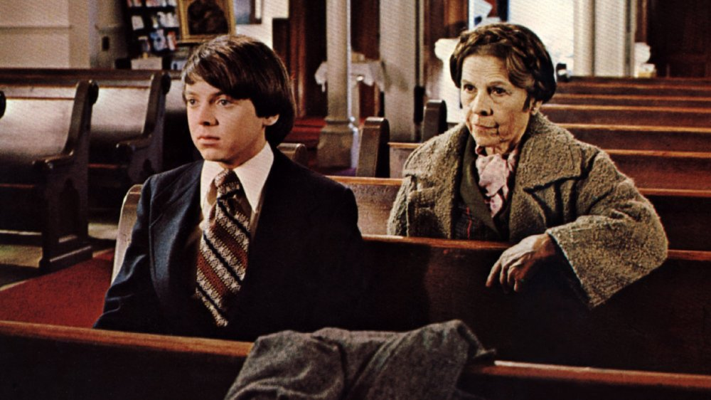 Bud Cort and Ruth Gordon in a scene from Harold and Maude